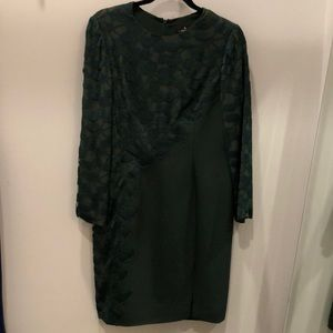 J. Mendel Green lace dress size 14 long sleeved